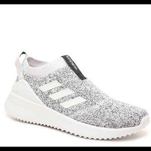 Women's Adidas Slip On Sneakers Size 7